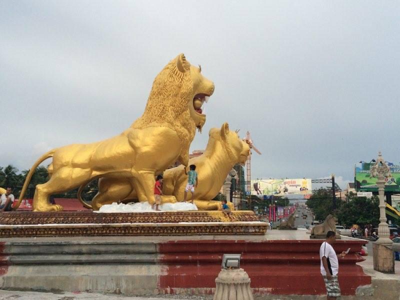 golden-lions